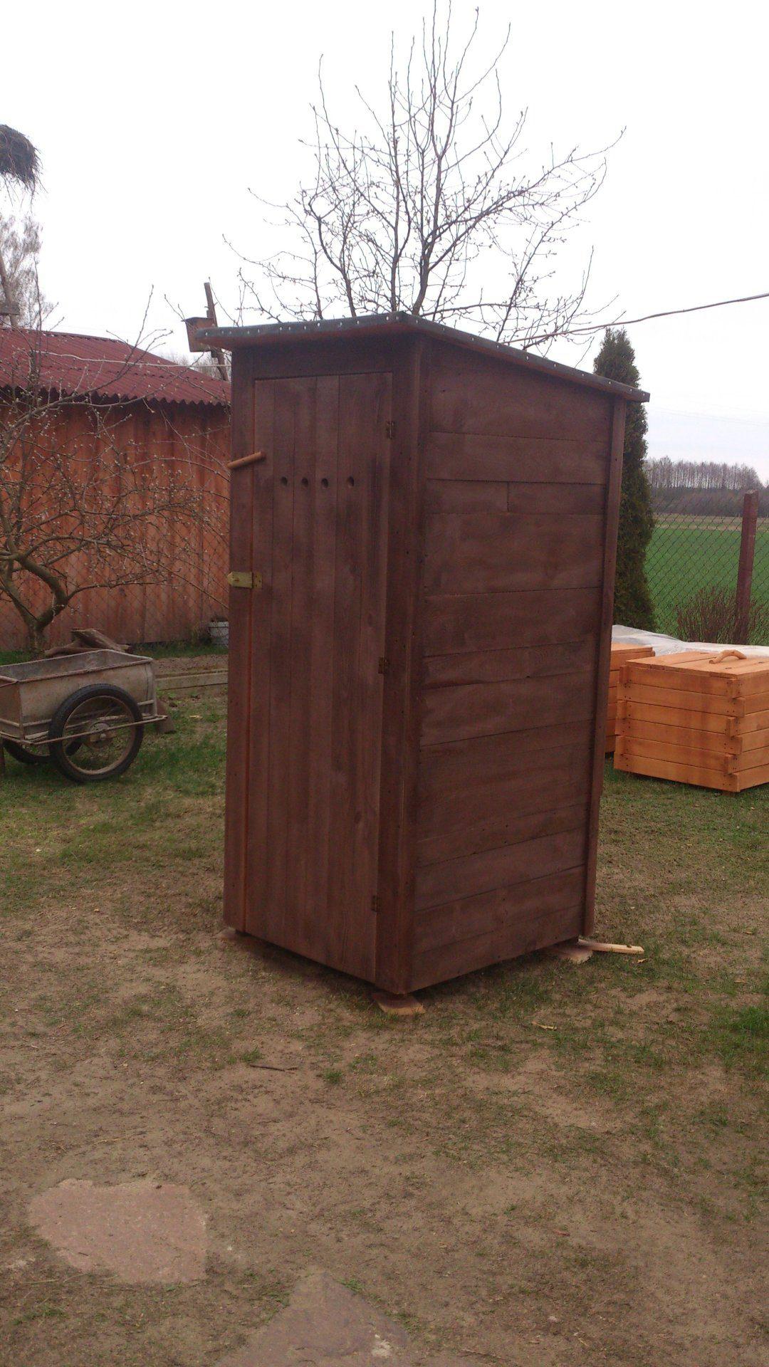 drewniana toaleta WC
