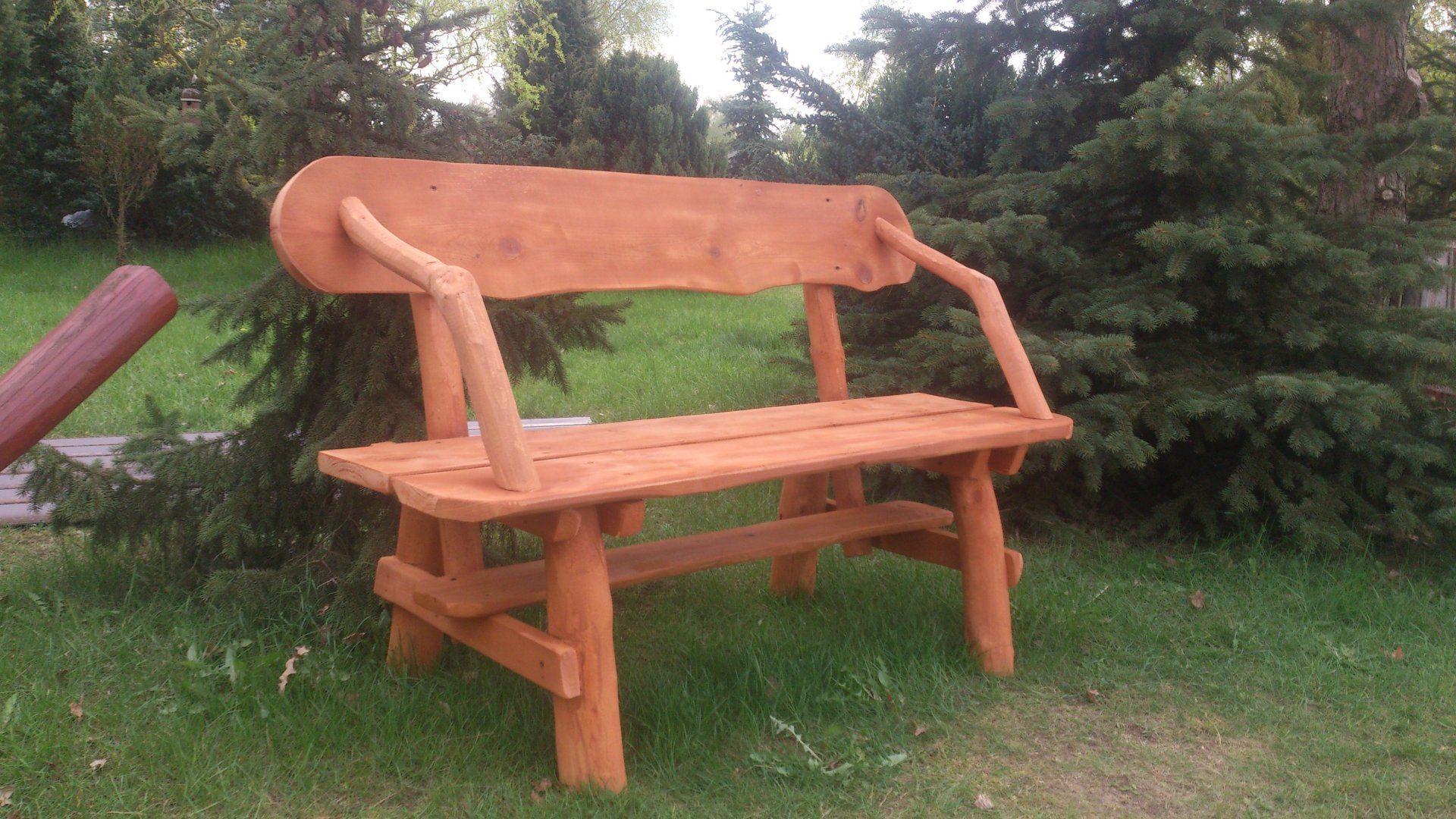 Sosnowa ławka z oparciami